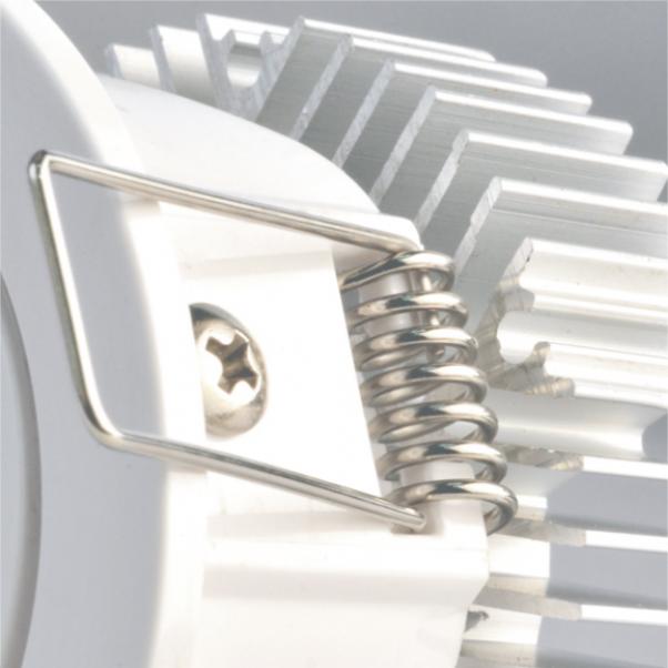 Flutlichtwinkel, eigenes Licht mit integriertem Netzteil, rundes Licht, breiter Abstrahlwinkel